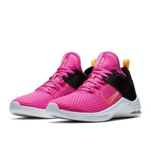 NEW Nike Air Training Shoes Size 7